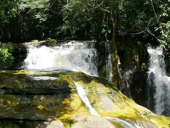 Santuário Falls: Cachoeira Santuário