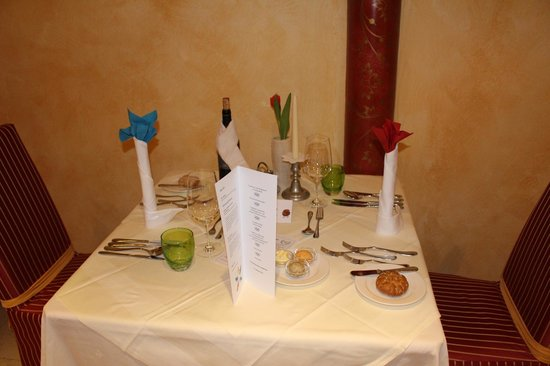 Hotel Tuxertal: table repas de gala