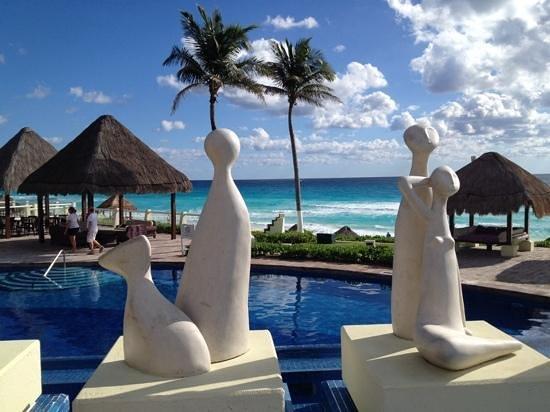 Paradisus Cancun: dalla piscina