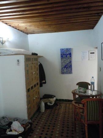 Riad Laayoun : chambre