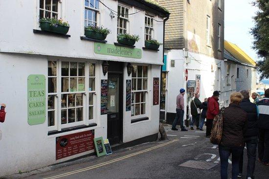 Madeleine's: Madeline's Tea Shop