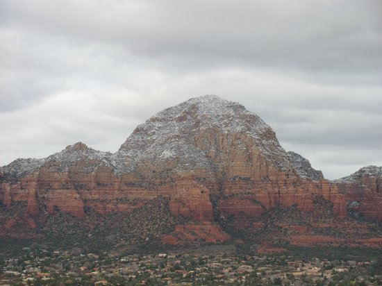 Sedona Summit Resort: Surrounded by this