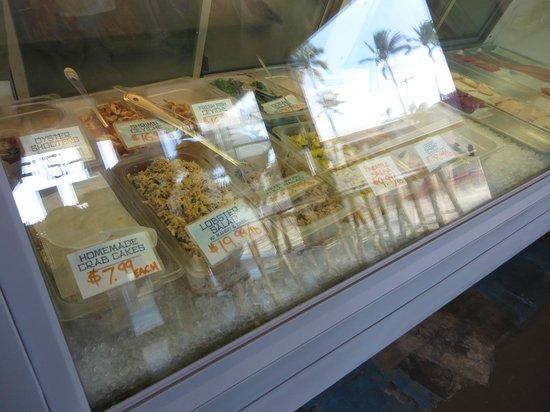 Fish Market Maui : Fresh fish and specialty presentations
