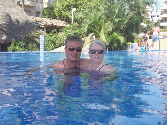 Friendly Vallarta All Inclusive Family Resort: Infinety Pool
