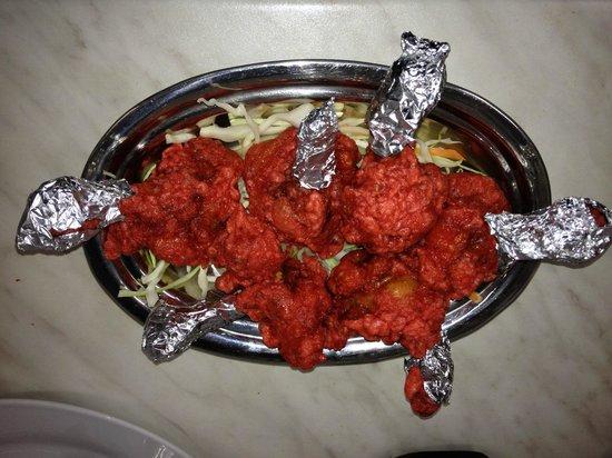 Kathmandu Restaurant : chicken lollypop