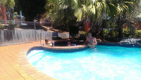 Shelly Beach Resort: pool and spa