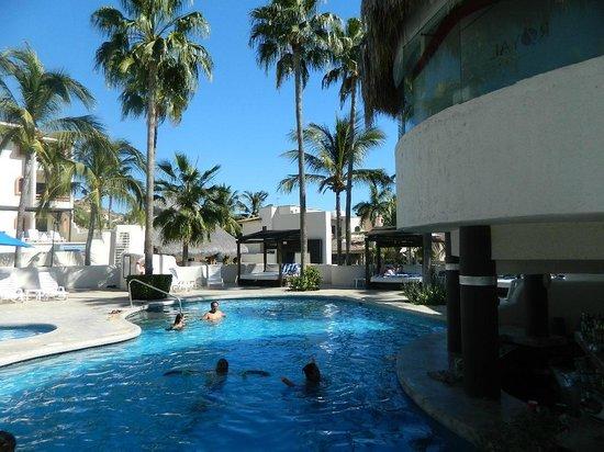 Park Royal Los Cabos: Pool/Bar