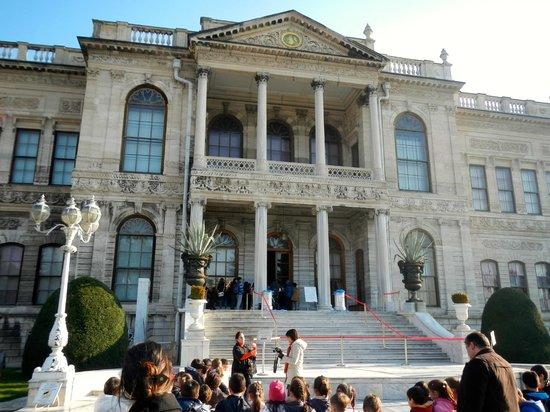 Anas Crecca Travel - Day Tours: palace