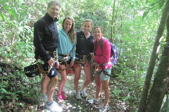 El Chorro Macho : Starting out hike
