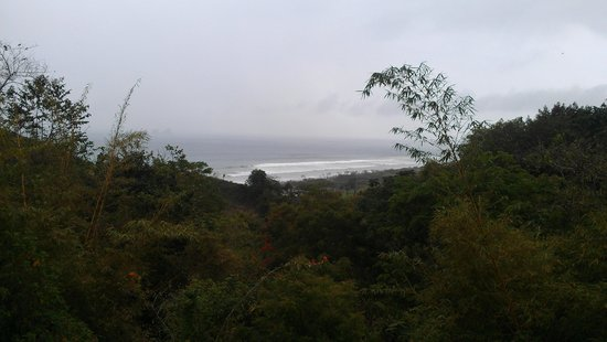 Finca Punta Ayampe: view of beach from resturant