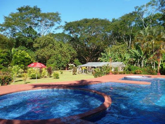 Hotel Canto de Ballenas: Vista desde piscina