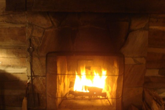 Pilot Knob Inn: Fireplace