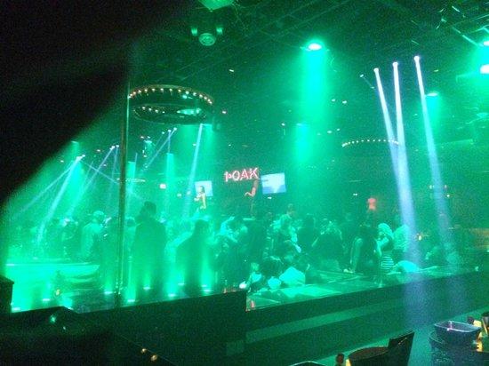 1OAK Nightclub : Balada lotada e animada...