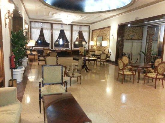 Principe Pio Hotel: Area donde puedes recibir tus visitas y hablar de negocios o simplemente sentarte a leer