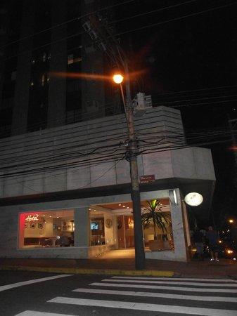 Hotel Valerim Plaza: Fachada do Hotel