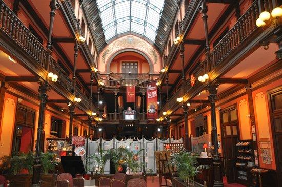 Hôtel du Parc : Grand old hotel
