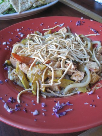Mountain Oasis : chowmien