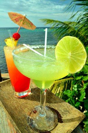 The Sunken Fish Tree Top Ocean View Bar & Restaurant: sunny Tranquilseas cocktail!