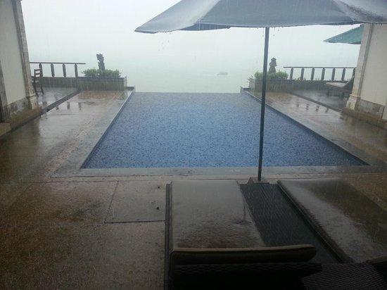 Banyan Tree Bintan: Pitty it rained so much