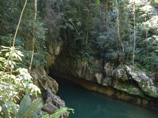 Cave Tubing with Vitalino Reyes: the beginning of our tubing experience
