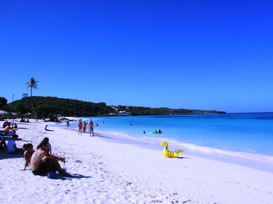 Guardalavaca Beach: The beach