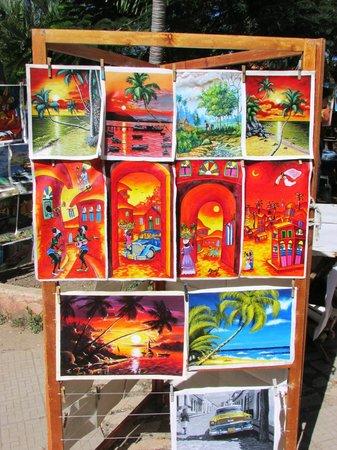 Guardalavaca Beach: Market