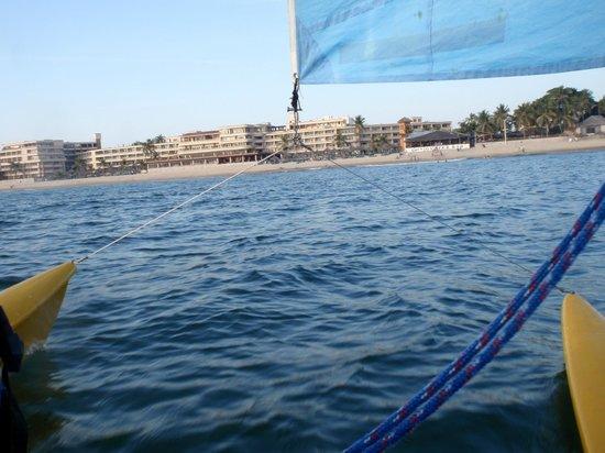 Hotel Playa Mazatlan: on the water
