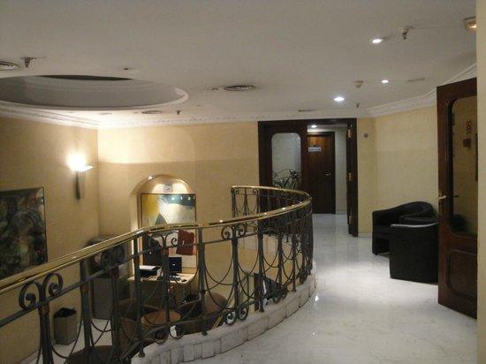 Hotel Sant Angelo: acceso al comedor