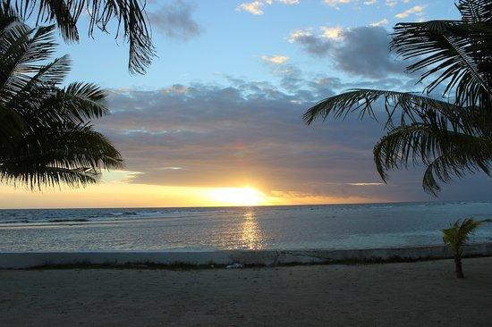 Blue Marlin Beach Resort: Sunrise at Blue Marlin Resort