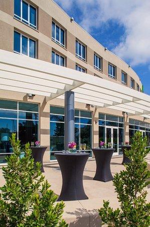 Holiday Inn San Diego-Bayside: Holiday Inn San Diego Bayside Patio