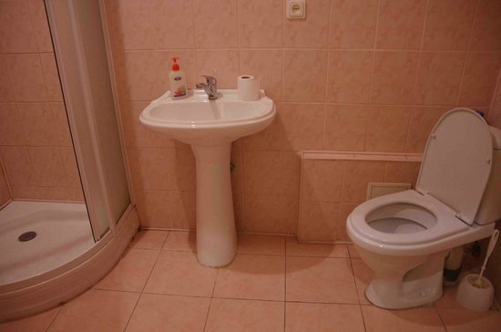 Cheap & Good Apartments : Bathroom
