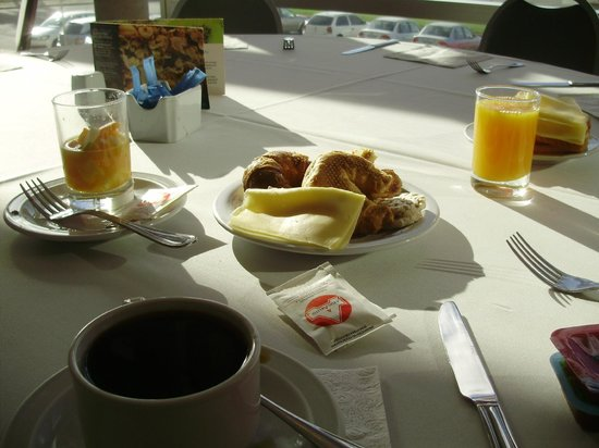 NH Montevideo Columbia: desayuno