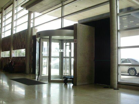 NH Montevideo Columbia: Entrada