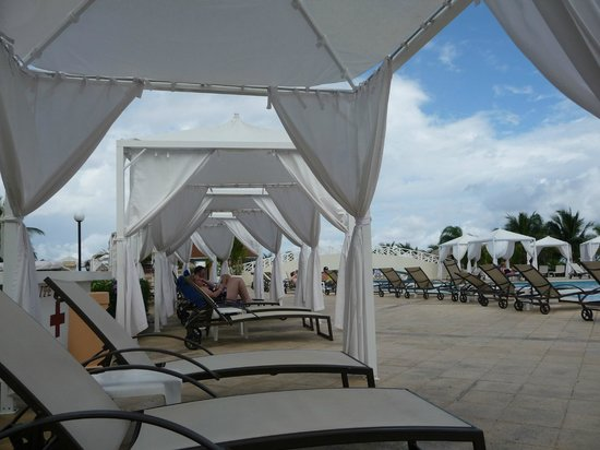 Luxury Bahia Principe Runaway Bay Don Pablo Collection: gazebo
