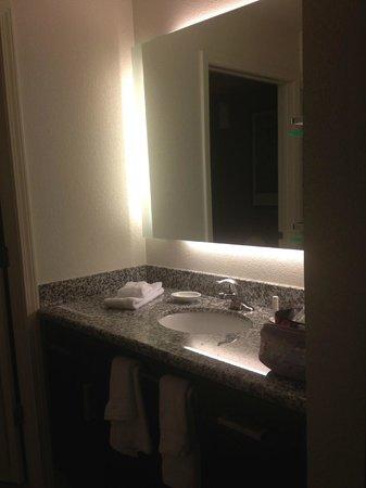 Residence Inn Springfield Chicopee : sink outside of bathroom
