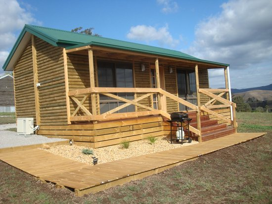 Paradise review of buchan valley log cabins buchan for Log cabins victoria