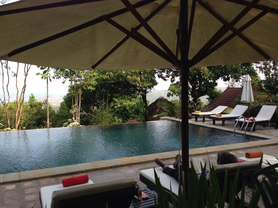 Pagoda Rocks Boutique Guesthouse: Pool area