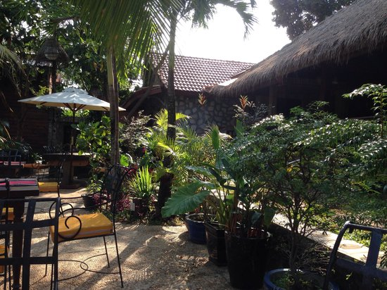 Pagoda Rocks Boutique Guesthouse: Rooms