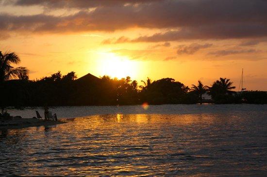 Isla Marisol Resort : sunset