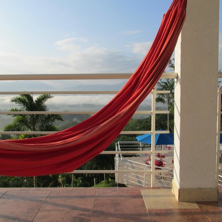 Hotel Mirador Las Palmas : Just jump into the hamack and relax it is right at your room balcony