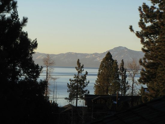 Tahoe Vistana Inn: Lake View
