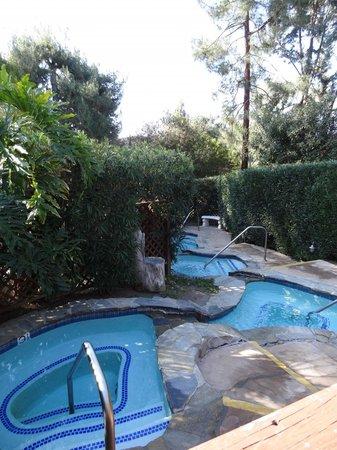 Tuscany Hills Resort : Soaking Pools