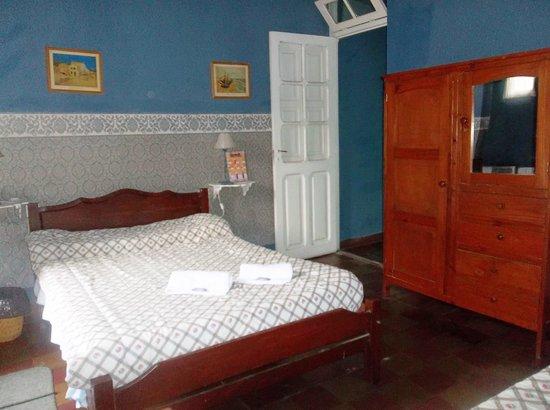 Ucumar: Habitación Doble, muy cálida, ideal para un descanso armónico y con todos los servicios