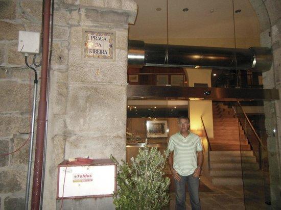Pestana Porto Hotel: entrada do hotel
