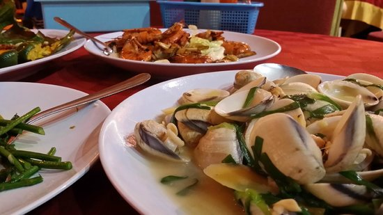 Suang Tain Seafood Restaurant: clams