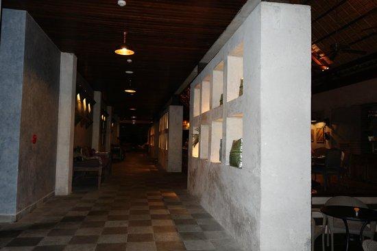 Alaya Resort Ubud: Main lobby, restaurant area