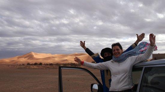 Desert Tours Morocco: Driving the dunes