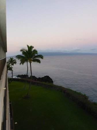 Sheraton Maui Resort & Spa: View from room at sunrise
