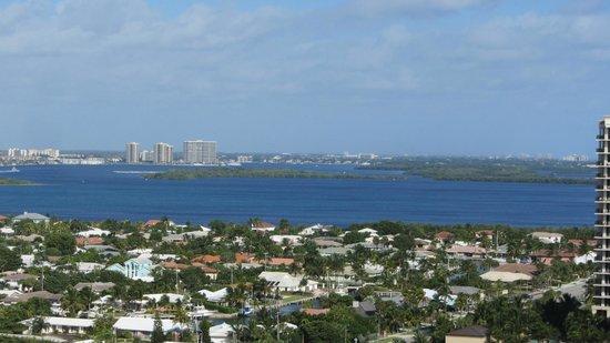 Marriott's Oceana Palms: Intercoastal waterway from room