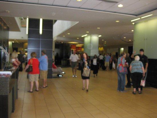Lobby, Hilton St. Louis at the Ballpark, St. Louis, MO
